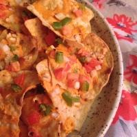 Life Hack: Fabulous Vegan Nachos with Spicy Tahini Sauce