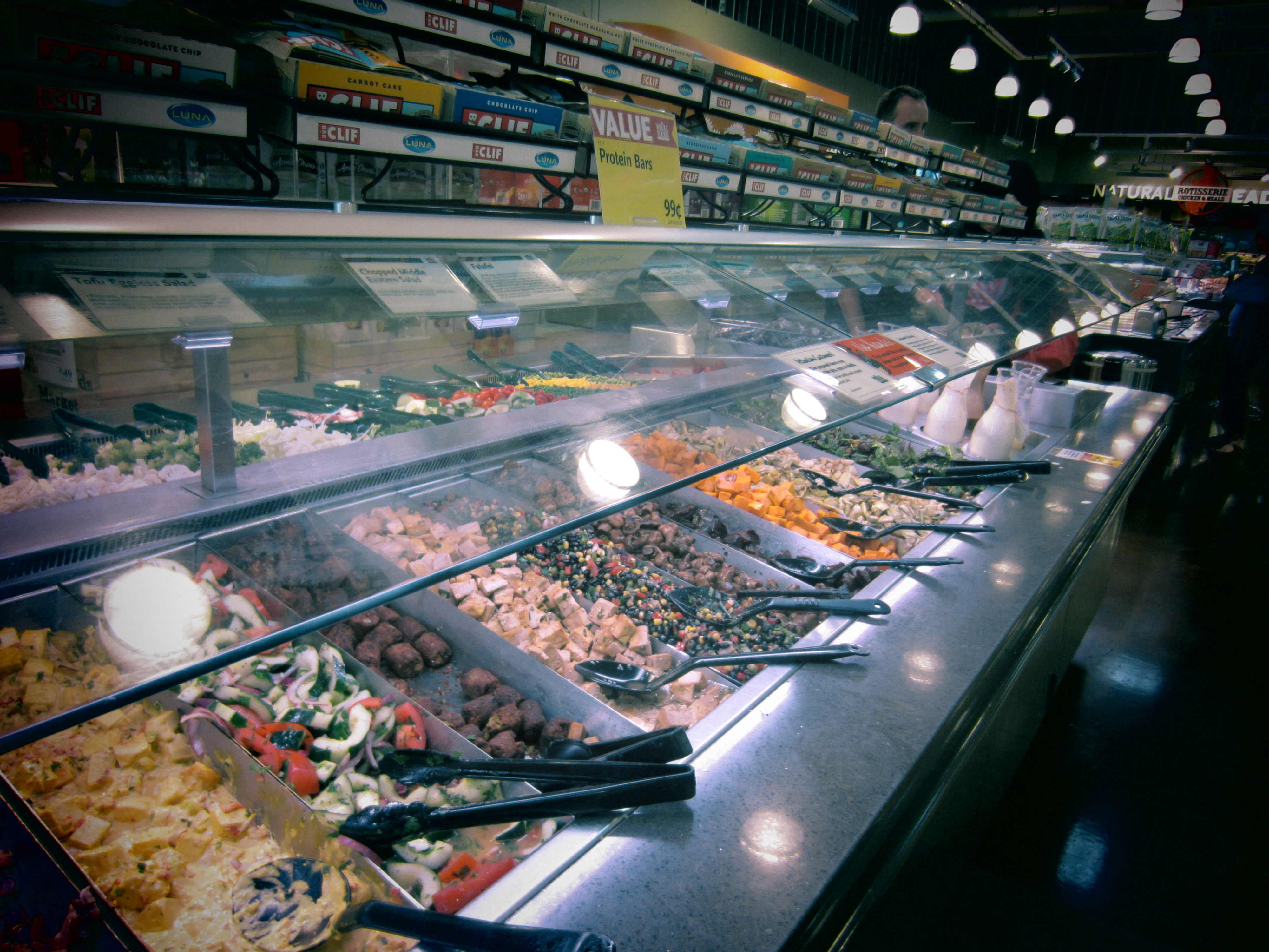 Whole foods salad bar and then some orthodox and vegan for Food bar whole foods