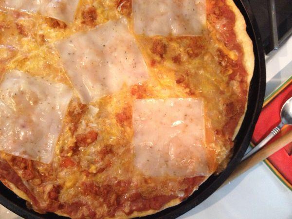 2015-2-22 Vegan Chili Cheese Pizza6