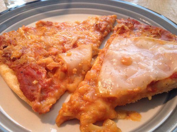 2015-2-22 Vegan Chili Cheese Pizza7